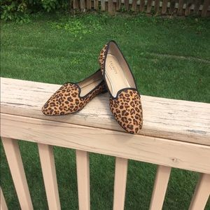 NWT Talbots Leopard Fabric Loafers Black Trim